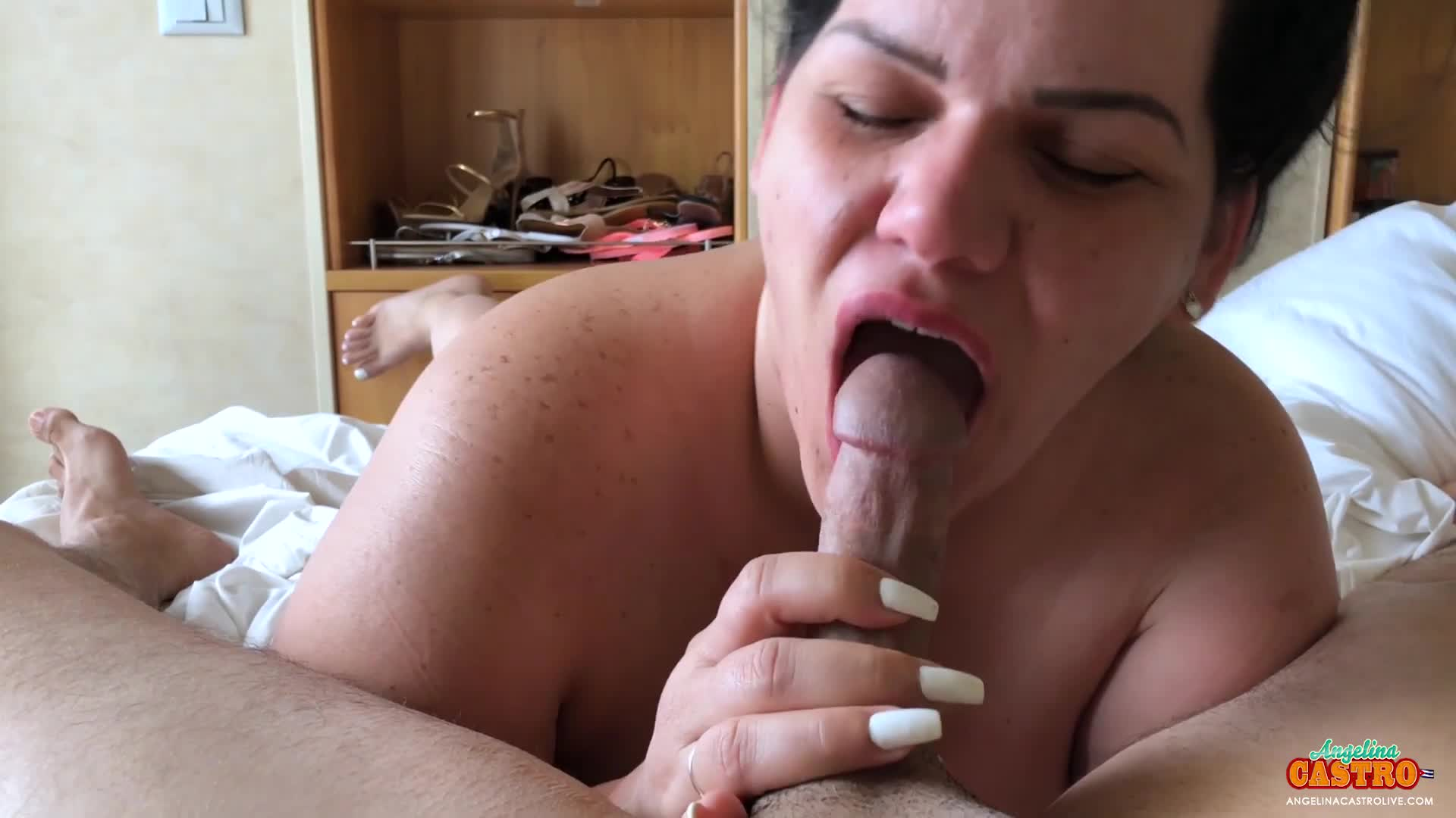 Deepthroat Cum Swallow Ebony